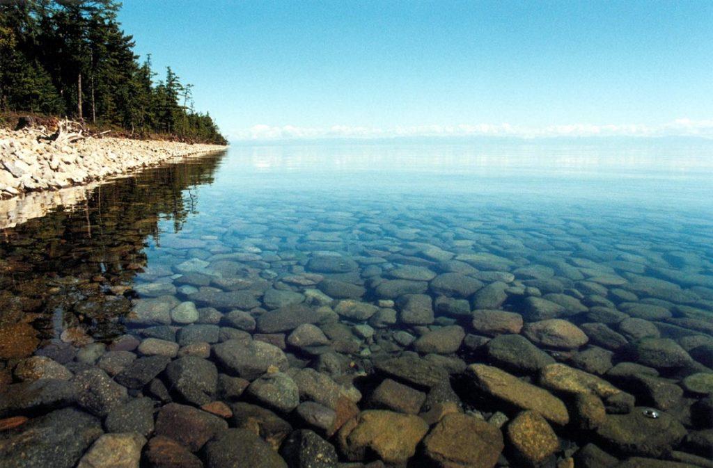 Прозрачная вода