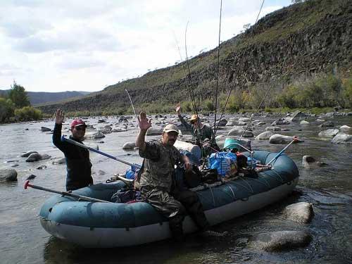 Рыбаки и лодка
