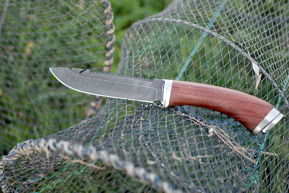 Садок и нож