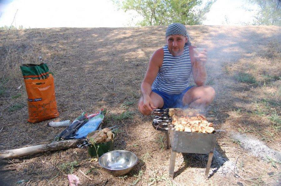 Рыбак жарет шашлык