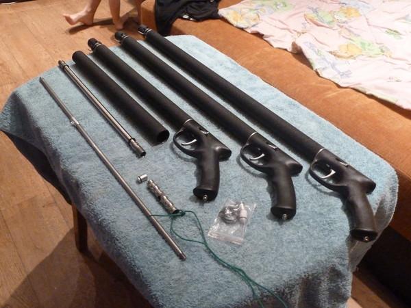 Три подводных ружья