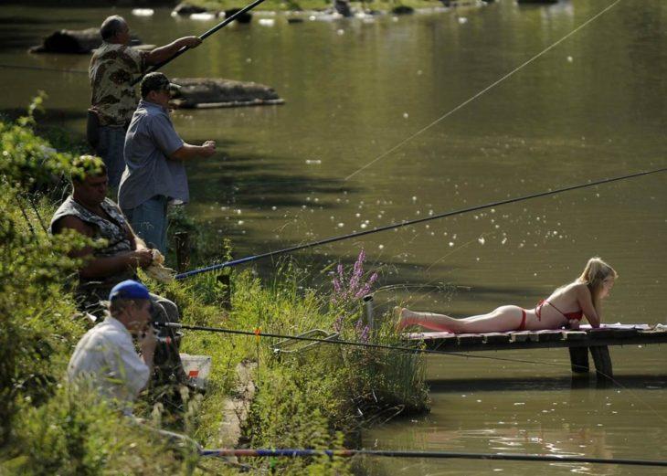 на рыбалку рыбак собирался