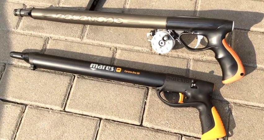 Два ружья для подводной охоты