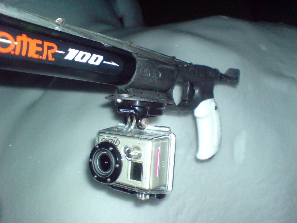 Ружьё оснащенная экшн камерой