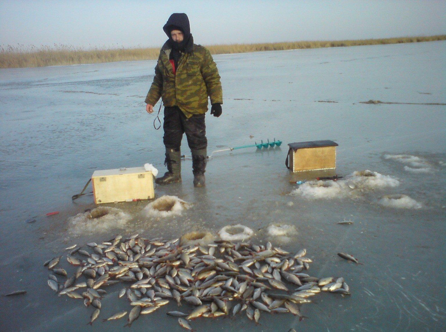 Рыбак с огромным уловом