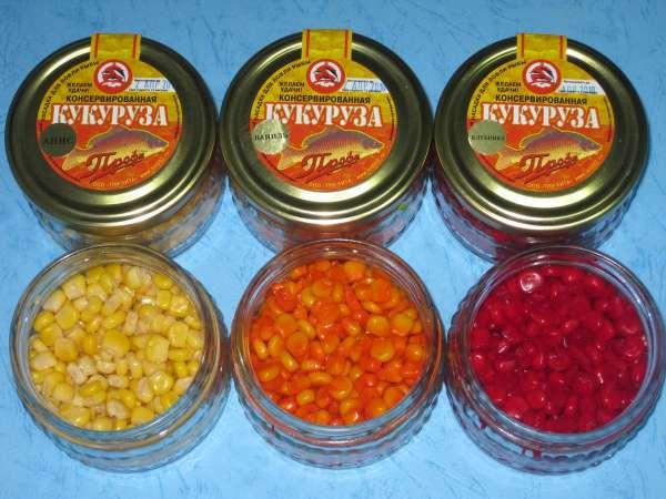 Баночки с разноцветной кукурузой